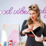 Анна Семенович поделилась рецептом вешних блинов
