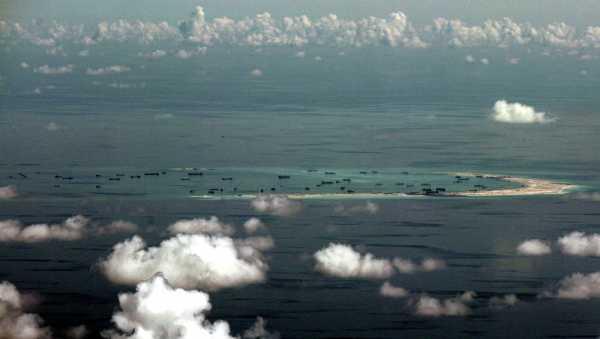 Китайцы создали искусственный остров в Южно-Китайском море. Экологический урон оказался в 200 раз больше его площади