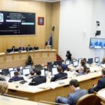 Депутаты разрешили для себя не декларировать доходы жен