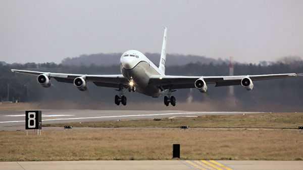 Южноамериканский военный авиалайнер провел разведку надЧукоткой