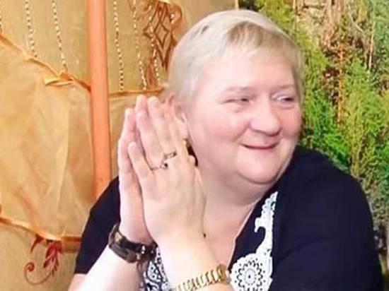 Россиянка, похоронившая принца из Нигерии, выходит замуж за ганского полицейского