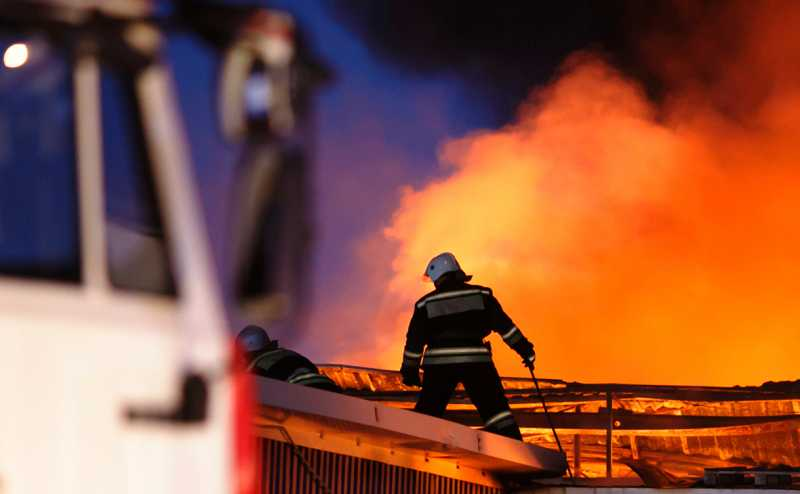 На Ставрополье загорелась нефть на площади 3600 кв. м
