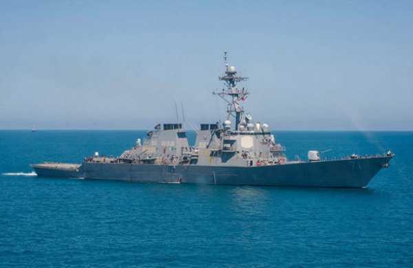 Американский эсминец Ross вошел впорт Батуми