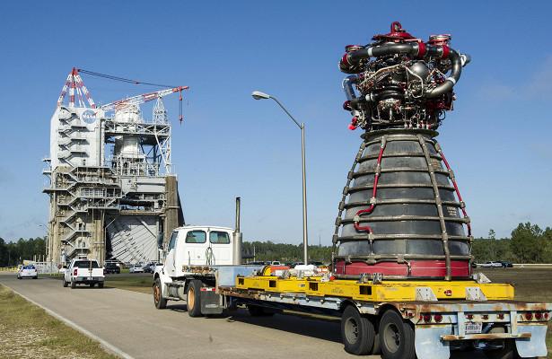 NASA завершило огневые испытания двигателей RS-25, предназначенных дляполетов наМарс