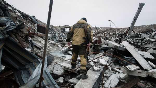 Украинские военные заявили омощных боях вПриазовье