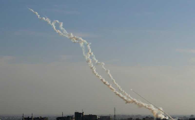Армия Израиля нанесла удары по 120 целям в секторе Газа