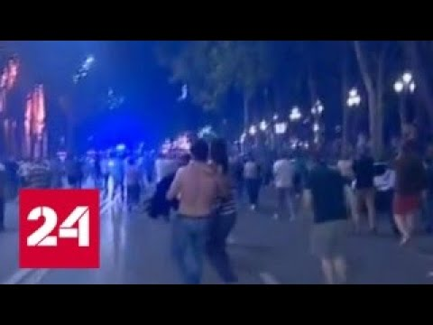 У здания парламента Грузии прозвучали выстрелы - Россия 24