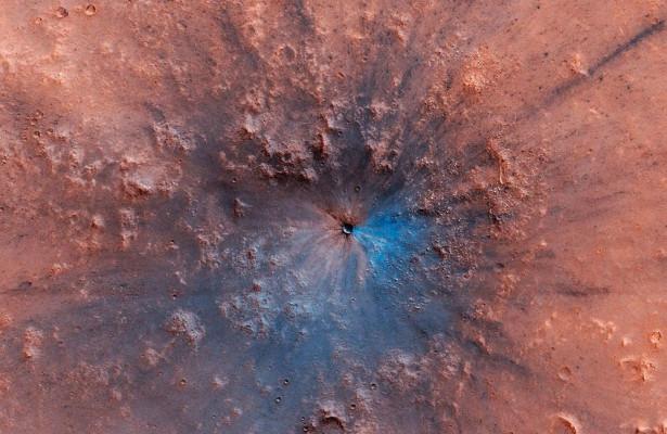 НаМарсе обнаружен свежий след отмощного взрыва