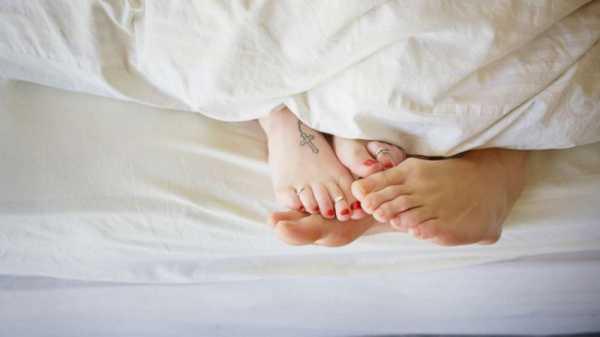 FDA одобрило лекарство для терапии потери полового влечения у женщин