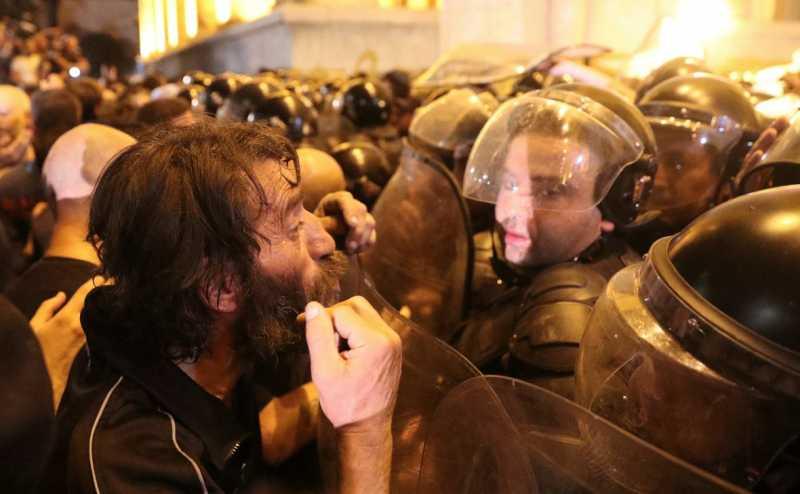 Грузинская оппозиция объявила о новых протестных выступлениях в Тбилиси