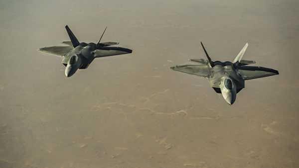 СШАперебросили истребители F-22набазу вКатаре