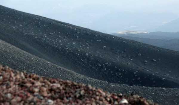 Извержение вулкана уничтожило флору ифауну накурильском острове Райкоке