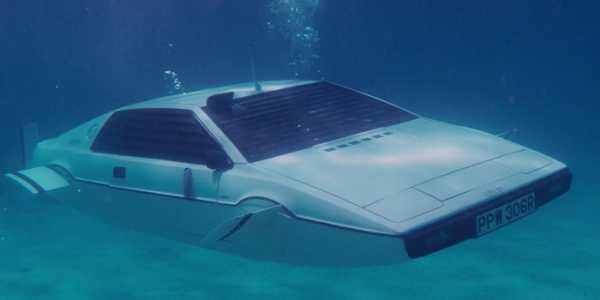 Илон Маск сообщил о создании машины-субмарины из фильма про Джеймса Бонда.