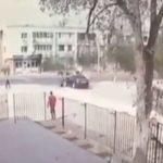 Девушка на автомобиле сбила детей катающихся на лошадях в Актау
