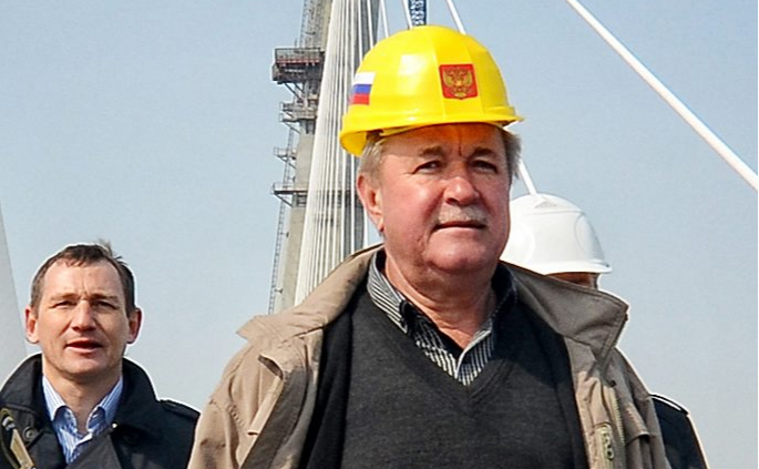Экс-строитель Восточного получил условный срок по делу о растрате