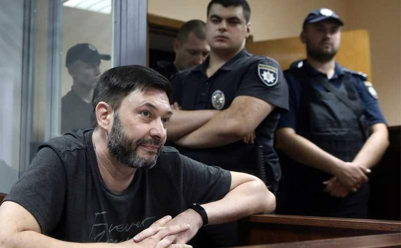 Киев предложил Москве одновременно освободить Вышинского и Сенцова